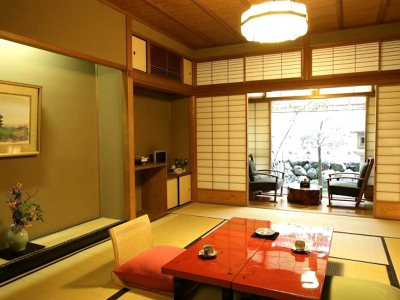 Gion Hatanaka for Japan Travel Packages (JapanTravelPackages.com)